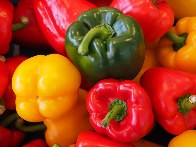 sweet-peppers-499076_640
