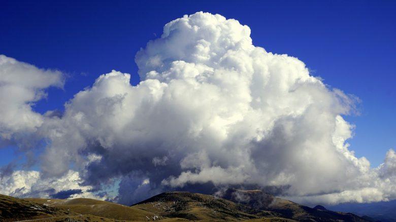 cloud-1202688_1280
